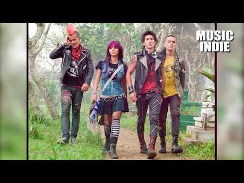 Desa Lukanegara - Babi Raga (Punk Is Not Dead)