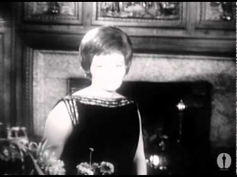 Patricia Neal winning Best Actress