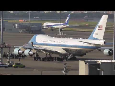 新型専用車初上陸!!トランプ大統領 エアフォースワン羽田到着全量 Motorcade of President Trump
