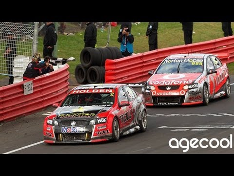 V8 Supercars Flashback - Lowndes vs Tander Showdown at Bathurst (2011)