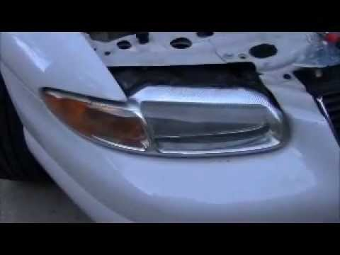 Changing Chrysler Sebring 2000 Headlight Bulb