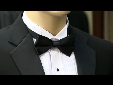 Do You Tuck A Bow Tie Under A Tuxedo Collar Mens Formal Fashion