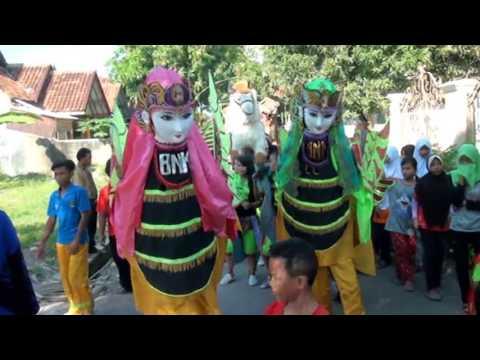 Rangda ABG - Seni Burok Dangdut BNK (Bayu Nada Kencana) Live  Dompyongwetan Terbaru 2016