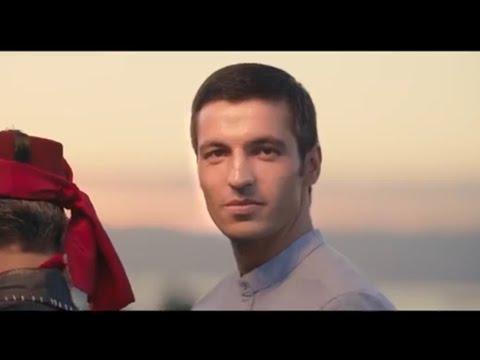 Sağ Gözümün Altından Öp / Dursun Ali Erzincanlı (Gül Gecesi 2017 Official Video)