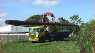 Scania 94D 260 Unloading 3 Ton Telegraph Poles HD