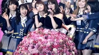 AKB48の小嶋陽菜(28)が2月21日、東京・代々木第一体育館で2日連続の卒業ライブ「こじまつり」をスタートさせた。 29歳を迎え...
