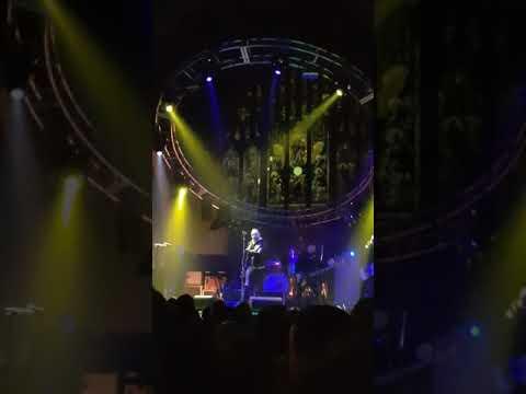 Stay. Blue October. Leeds 2018