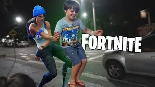 MY BROTHER SPENT SHAME IN the MIDDLE OF the STREET (Dances of the Fortnite)