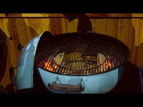Weber® Charcoal BBQ: How To Set Up For Direct And Indirect Grilling