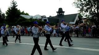 Народный коллектив Духовой оркестр на параде у Храма-на-Крови