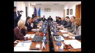 Kako sanirati višemilionski deficit UKC-a Tuzla? - 17.12.2015.