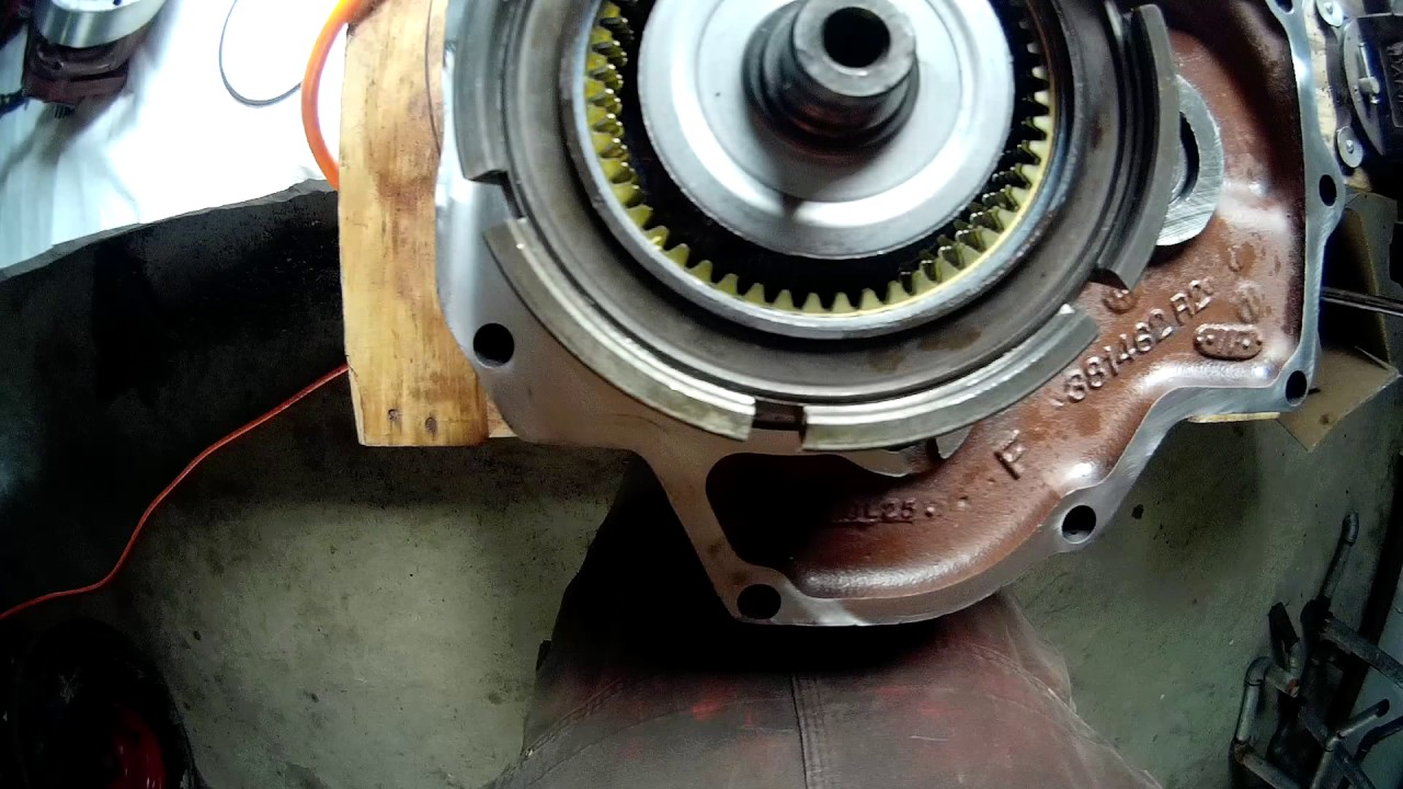 INTERNATIONAL 1086 PTO clutch rebuild