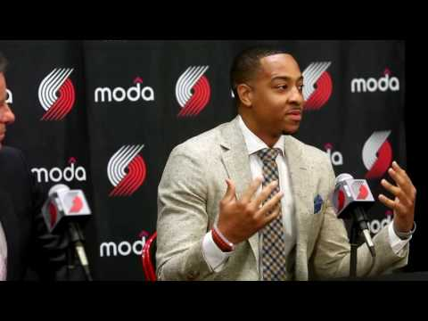 CJ McCollum signs contract extension with Portland Trail Blazers