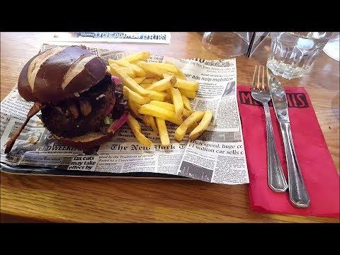 Memphis Vegan Burger