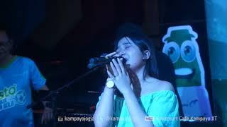 Brisia Jodie - Jealous Labrinth  LIVE di Foodcourt Cafe Kampayo XT