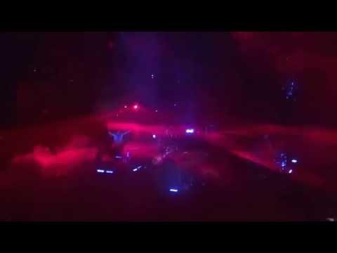 Imagine Dragons closes mains set--Radioactive--Smoke & Mirrors Tour-Portland 2015-06-03