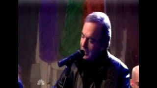 Neil Diamond - Solitary Man (Live on the Tonight Show December 2011)