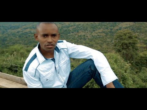 Robert Mwangi - Mwihotorei (Official Video)