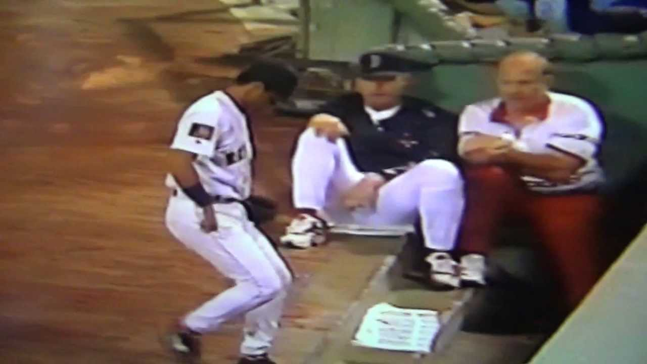 John Valentin Turns Unassisted Triple Play Boston Red Sox