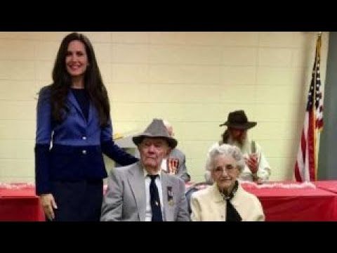 Download Youtube: WWII vet honored by United Daughters of the Confederacy