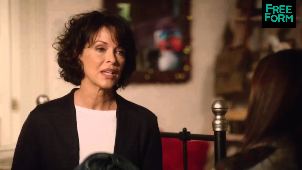 Download Chasing Life Deleted Clip #3: Brenna and Sarah   Freeform