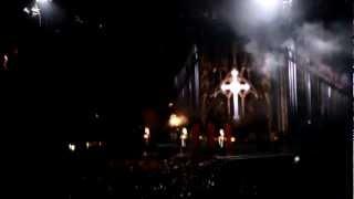 Концерт Мадонны в Киеве(Начало шоу MDNA плюс первая песня Girl Gone Wild. 4 августа 2012года, стадион Олимпийский, Киев. Концерт начался спустя..., 2012-08-06T12:32:40.000Z)