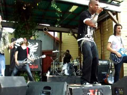 The Veer Union Season Live At Six Flags