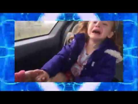 絶対見ないと損する ドライブ中におもらしする女の子