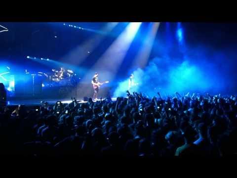 Blink 182 - Encore - August 16 2011 - Bell Center Montreal