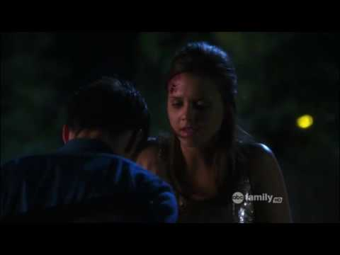 The Lying Game 1x13 - Sutton at the party, her mom sees her with the wound
