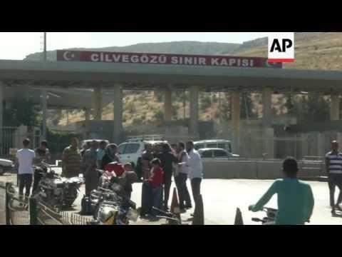 UN cars enter Syria from Turkey