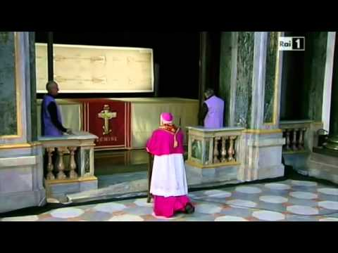Shroud Of Turin On Display For TV Special