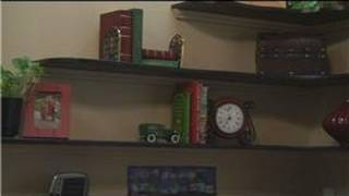 Home Decorating Tips : How To Decorate Book Shelves