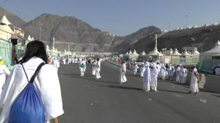 Mina - Heading to Jamarat on the 10th
