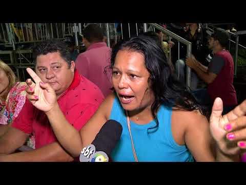 Só pra Contrariar encerra primeira noite de desfile das escolas de Samba