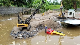 +Crane truck for kids | The truck crashed into the river | ABC Bi Bi Kids