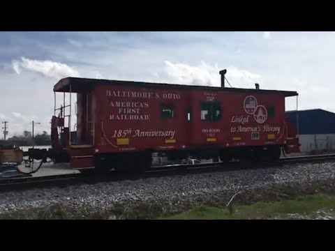 CSX Mixed Freight at State Route 25 with Baltimore and Ohio Caboose!