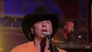 (HQ) Kenny Chesney - Out Last Night - Live on Letterman 2009.05