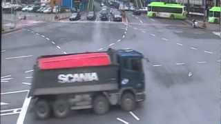 Dump truck accident in Korea