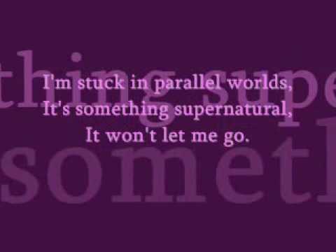 Elliot Minor - Parallel Worlds (lyrics)