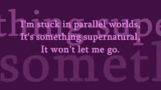 Elliot Minor - Parallel Worlds (lyrics)