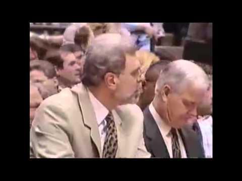 Keith Van Horn 18 points vs. Chicago Bulls (April 29, 1998)