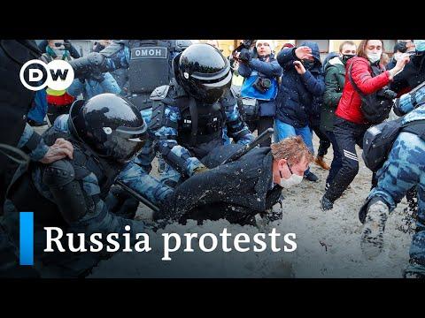 Crackdown in Russia: Kremlin calls anti-Putin protesters 'hooligans' | DW News