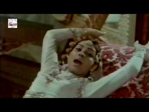 AAP FARMAEIN - ROONA LAILA - UMRAO JAN ADA - PAKISTANI FILM SONG