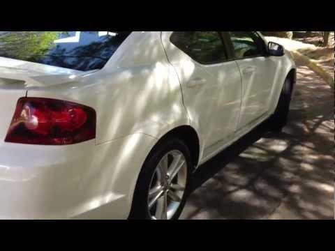 2011 Dodge Avenger Review, Walk Around, Start Up & Rev, Test Drive