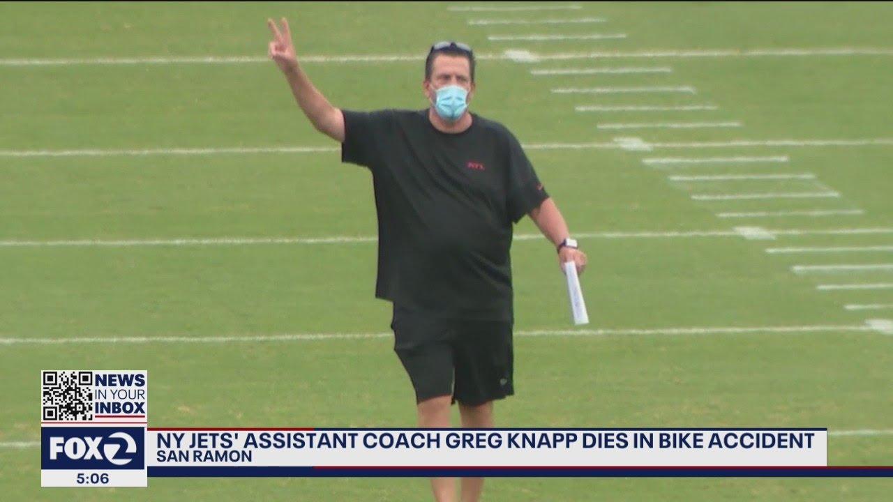 Greg Knapp, a Jets Assistant Coach, Dies at 58