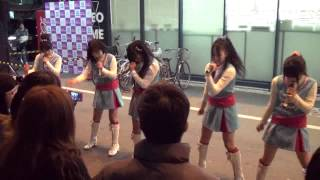 2012年3月27日(火) TSUTAYA丸亀郡家店にて.