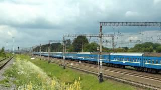 ЧС8 - Длинный пассажирский поезд