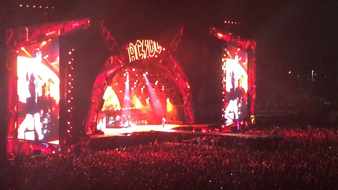 ac dc highway to hell live brisbane 14 11 2015 youtube. Black Bedroom Furniture Sets. Home Design Ideas