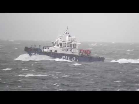 remolcador Boldo navegando en el estrecho de magallanes 2015 punta arenas chile
